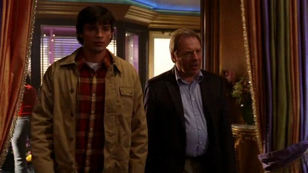 File:Smallville s03e05 ws dvdrip xvid-river152.jpg