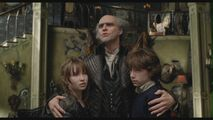 Jim-Carrey-as-Count-Olaf-in-Lemony-Snicket-s-A-Series-Of-Unfortunate-Events-jim-carrey-29299654-1360-768