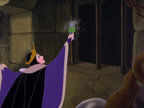 Snow-white-disneyscreencaps.com-5786