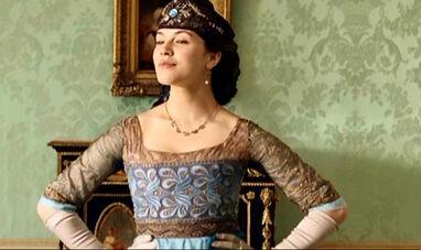 Downton-Abbey-Lady-Sybil