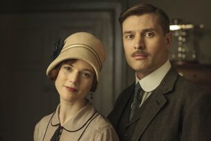 Downton-abbey-gwen-harding-e1445195483716