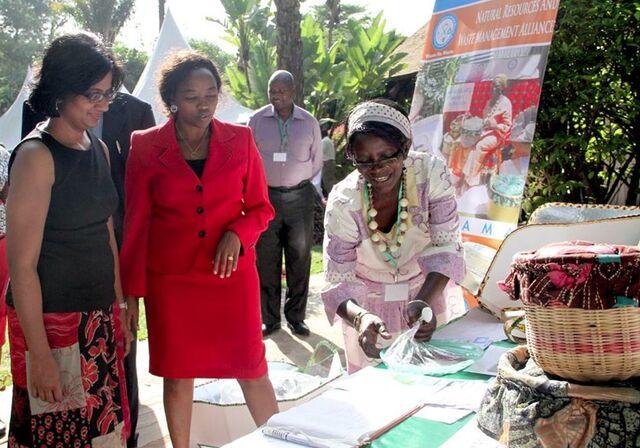 File:Faustine Odaba, GACC conference, Nairobi, 2-12-14.jpg