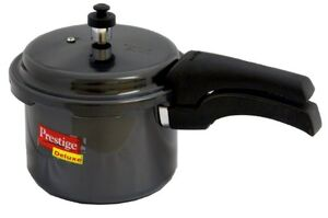 Black pressure cooker