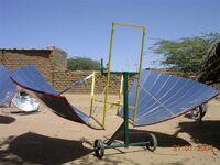 Papillon solar cooker