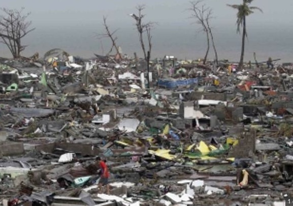 File:Philippines storm damage 2013.jpg