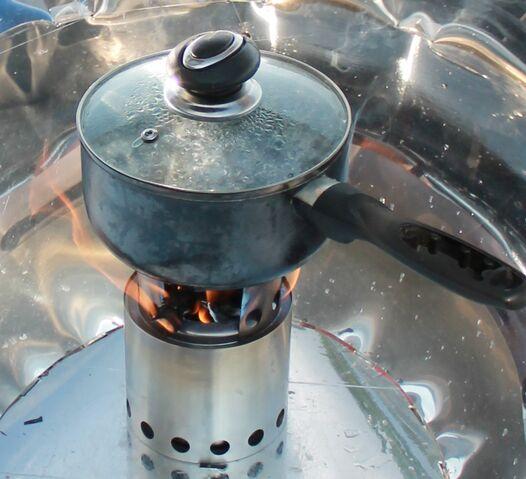 File:Hybrid solar gas cooker 2012 September 031 (2).jpg