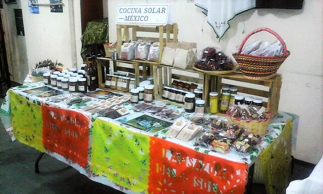 File:Cocina Solar Mexico December 2015.jpg