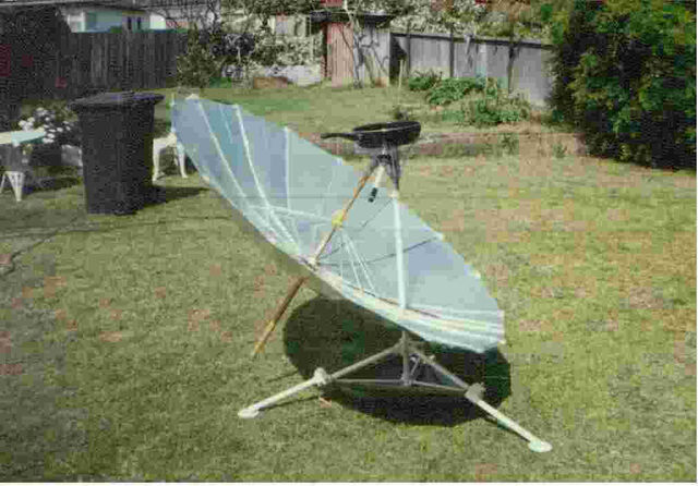 File:Solar-cooker-design-Bretts beach umbrella.jpg