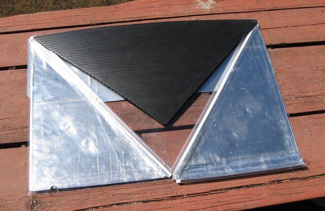 File:Solar Reflex Pyramid flat.jpg