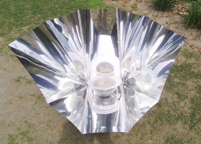 File:Celestino Solar Funnel Cooker.jpg