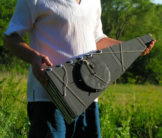 File:Cocina Solar Parabólica Plegable 2.JPG