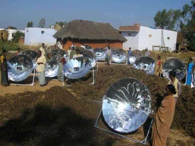 File:Smoke-free village from Gadhias 2009.jpg