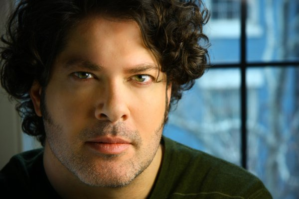 File:Sean Schemmel.jpg