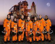 STS-118 crew lr