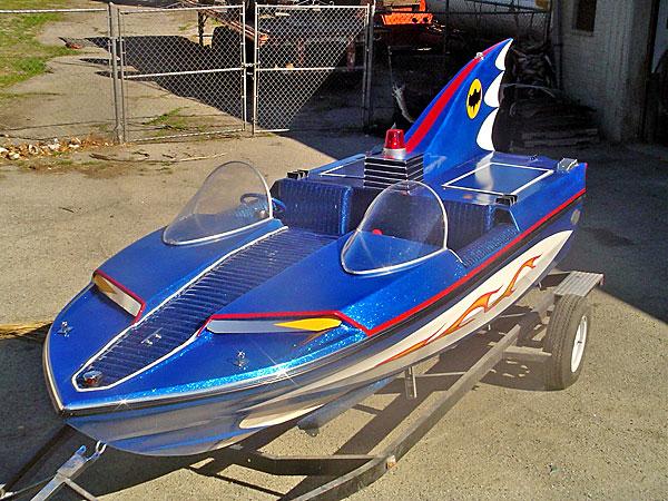 The 1966 Batboat Star Cars Wiki Fandom Powered By Wikia