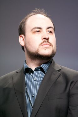 TotalBiscuit Picture1