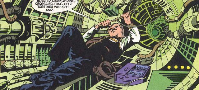 File:Jefferies tube DC Comics.jpg
