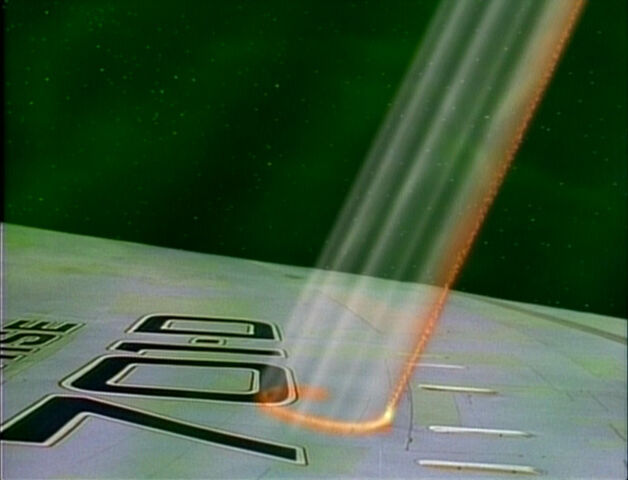 File:Borg cutting beam, slicing.jpg