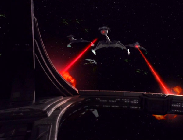 File:Ktingas attack ds9.jpg