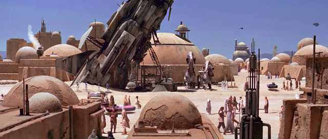 File:Mos Eisley spaceship.png