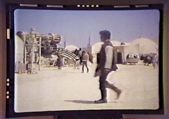 File:Life on Tatooine.png