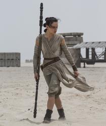 Rey with her quarterstaff.png