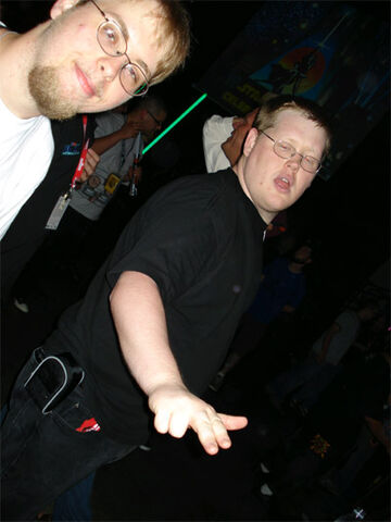 File:JSarek-and-riffsyphon-dance.jpg