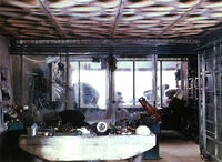 Tosche station interior