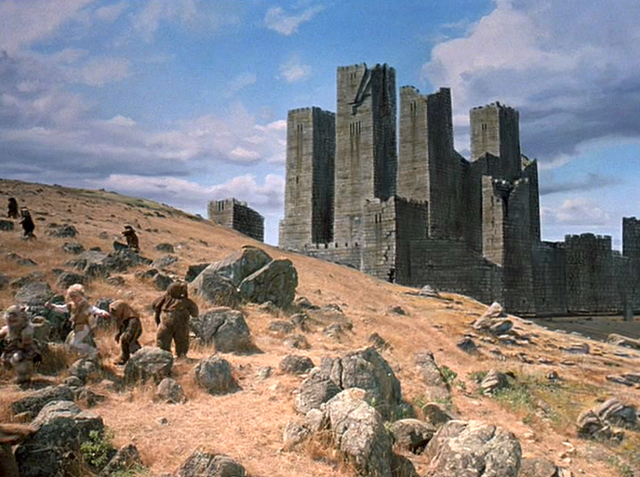 File:Back side of the Keep.png
