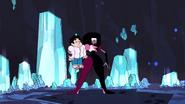 SU - Arcade Mania Garnet Holding Steven