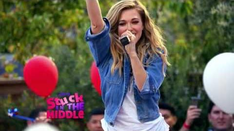 Resultado de imagem para Rachel Platten on stuck in the middle