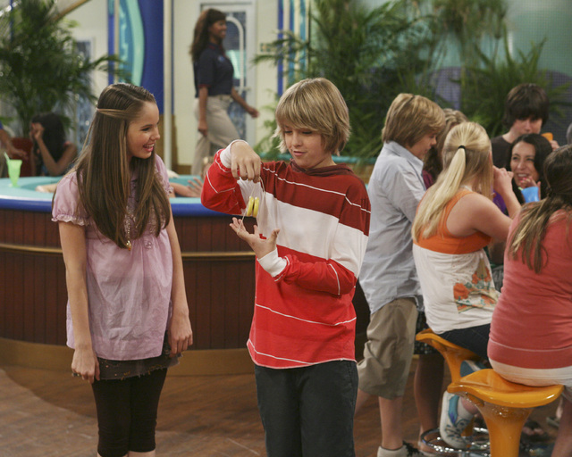 suite life on deck episode when cody and bailey start dating
