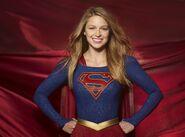 Supergirl-cbs-benoist