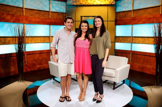 File:After show colton parvati rachel.jpg