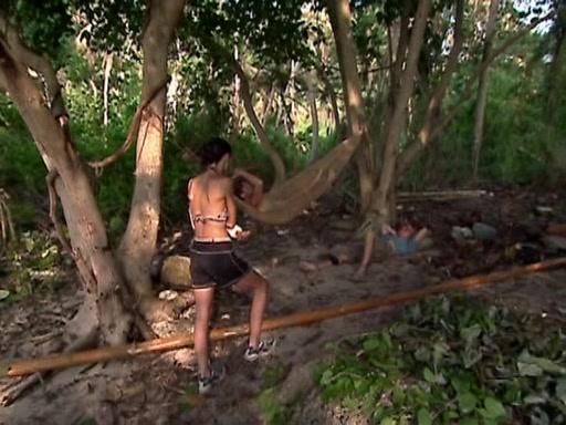 File:Survivor.Vanuatu.s09e13.Eruption.of.Volcanic.Magnitudes.DVDrip 231.jpg