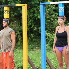 Tony and Morgan compete in the first individual Immunity Challenge.
