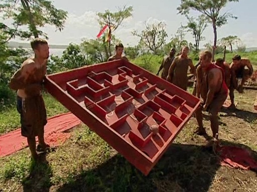 File:Brook john k chris first immunity challenge.jpg