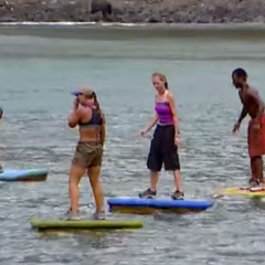 Neleh competing alongside other tribemates in the first individual Immunity Challenge.
