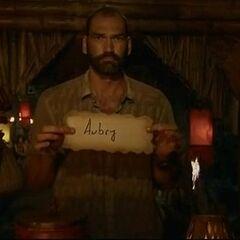 Scot votes against Aubry.
