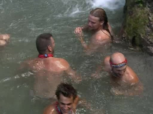 File:Survivor.Vanuatu.s09e05.Earthquakes.and.Shake-ups!.DVDrip 261.jpg