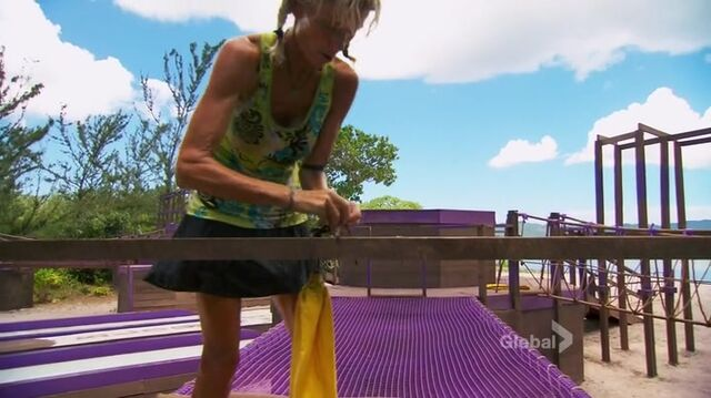 File:Survivor.s27e14.hdtv.x264-2hd 0624.jpg
