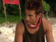 Survivor.Vanuatu.s09e04.Now.That's.a.Reward!.DVDrip 420