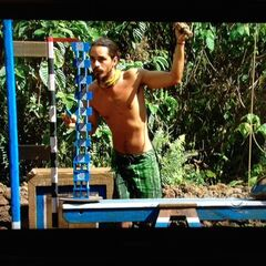 Ozzy competes in the final five Immunity Challenge.