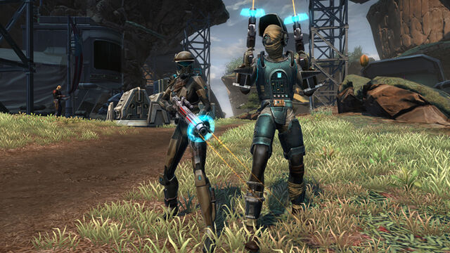 File:Republic Kell Dragon Armor and Weapons.jpg