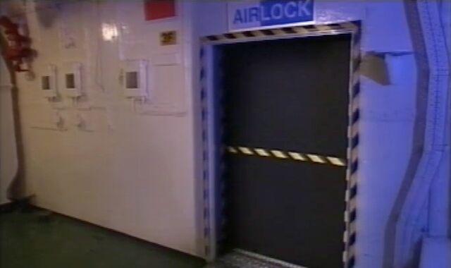 File:Airlock on Tiger Moth.jpg