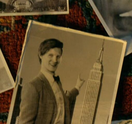 File:The Doctor in front of Empire State Building.jpg