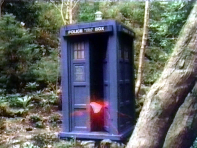 File:TARDISMandragora.jpg