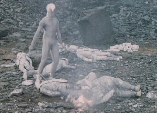 File:Cybermen defeated.jpg