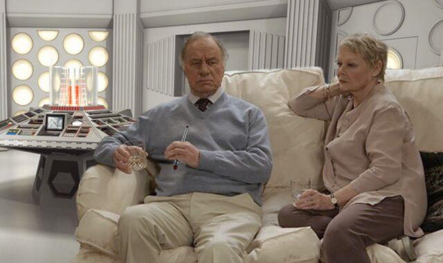 File:Geoffrey and Judi in the TARDIS.jpg