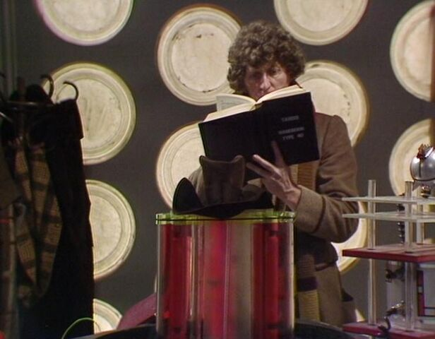 File:TARDIS Handbook.jpg
